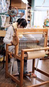 手織り体験